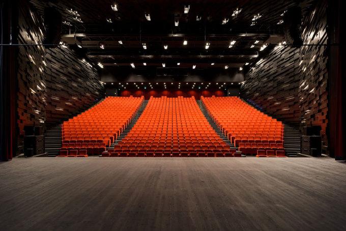 ALBI_Grand-Theatre-somonique_perrault-08