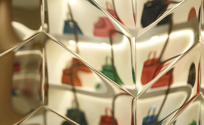 hiroshi-nakamura-glass-juery-box-03